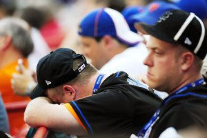 METS-FANS-STRESSED-SAD